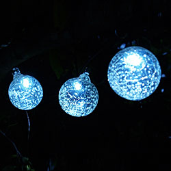 Aurora Glow Solar Led String Lights With 6 Clear Glass